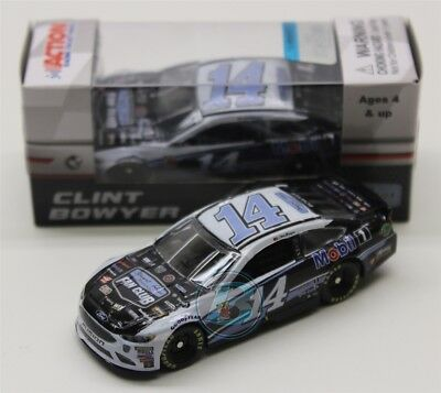 febc565d302 2018 CLINT BOWYER  14 Stewart-Haas Racing Fan Club 1 64 Action Diecast