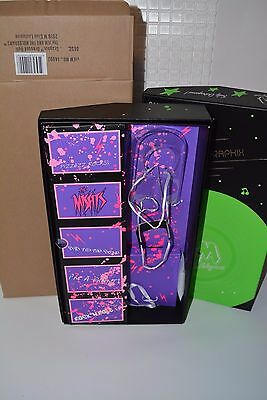 Integrity W Club Jem and the holograms Misfits Graphix doll EMPTY box + Shipper*