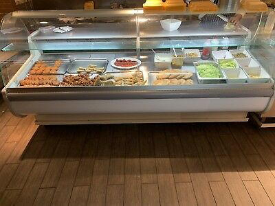 Igloo Tobi 2.5 Metre Refrigerated Serve Over Counter Display - With Wheels