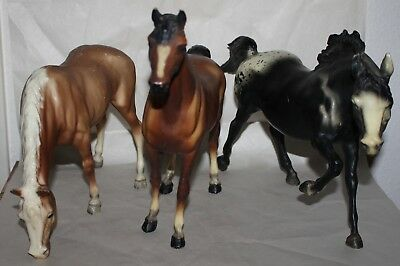 Lot of 3 Standing BREYER HORSES - Molding Co. USA - Stand Horse Toy Animal