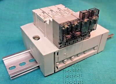 2 ea. SMC SY3140-5MZ-01 & SY3140-5LZ Valves on DIN Rail For 8 mm & 4 mm Tube