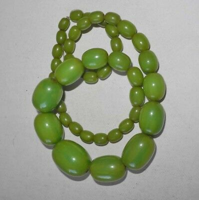 Art Deco Area Apple Green Tested Bakelite Necklace Graduated Beads