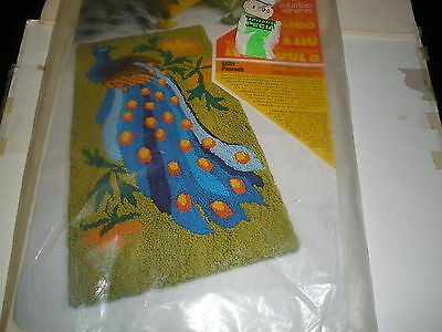 NEW vintage rug or wall hanging kit Peacock #4820 Columbia Minerva Rugs by Numbe