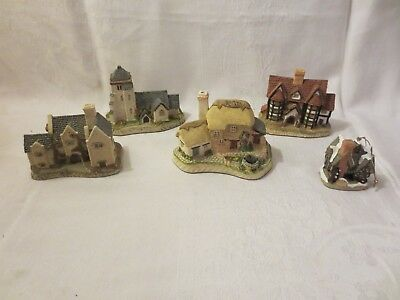 Lot Of 4  David Winter Cottages  1980's With 1992 Scrooge's School Ornament