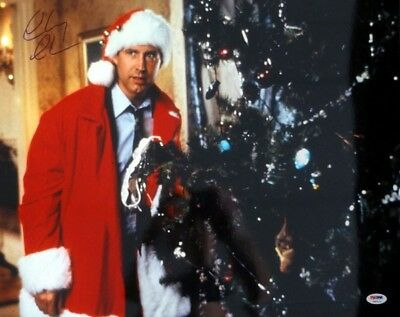 Chevy Chase Autographed Signed 16X20 Photo Christmas Vacation Psa/dna 77804
