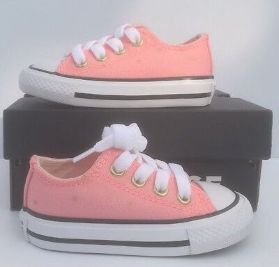 8d90a52f6eb BABY CONVERSE METALLIC Pink Chuck Taylor All Star Ox Trainers UK4 ...