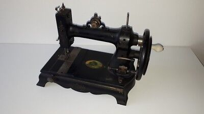 Antique white Peerless sewing machine Patent 1877 James Steel & Co Cheltenham