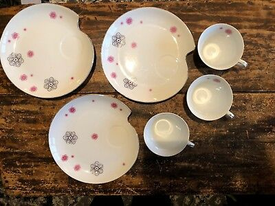 Cute Vintage MCM Set of 3 Retro Atomic Looking Snack Plates w/ Matching Cups