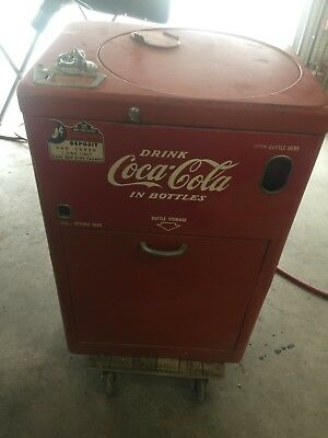 Vendo A23 Coke/Coca Cola 23 Spin Top Vending Machine