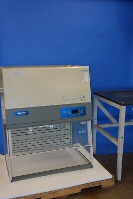 Labconco Paramount DFH Ductless Fume Hood Benchtop / Tabletop Hood with Stand