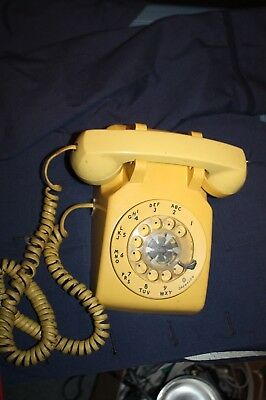 Vintage Western Electric Bell System Desktop Rotary Dial Yellow Color Telephone