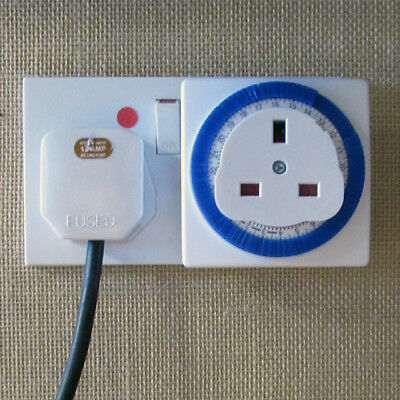 2 X 24hr Plug-in Timer Clock Socket - Automatically Switch Appliances On and Off