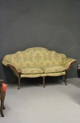 Sofa Moved, Piedmont, Period '700, Wood Walnut / Sofa Moved / Sofa Antique