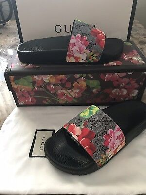 470528c5a401 Women s Gucci Bloom Pursuit Rubber GG Pink Floral Bloom Sandal Slides Size 7