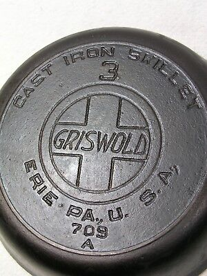 GRISWOLD #3 Large Slant Logo cast iron skillet with heat ring