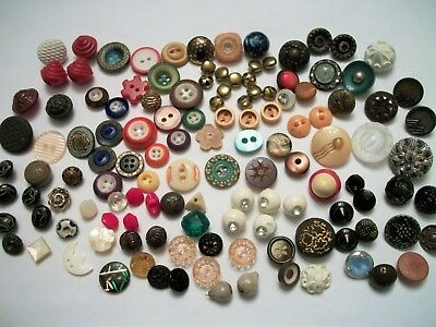 Lot Victorian Vint Buttons Diminuative Small Glass Metal Mop China Bakelite +++