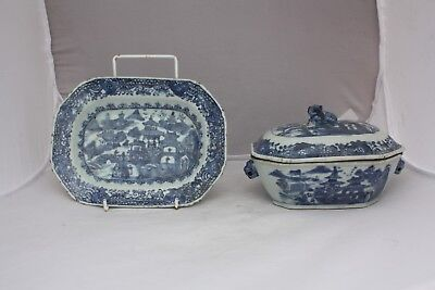 18th Century Chinese Blue and White Tureen and Under Dish Qianlong Period