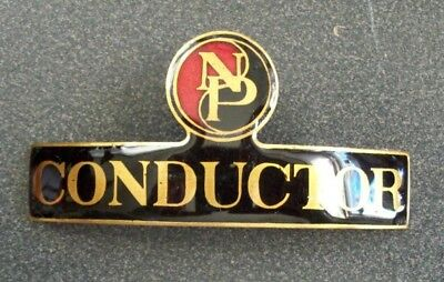 Np Northern Pacific Railway - Conductor Hat Badge