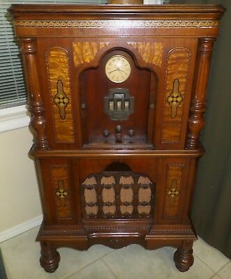 Antique Zenith 602 Console Radio
