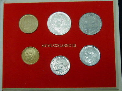 1983//84 Italy VATICAN set two silver coins Holy Year GIUBILEUM official folder