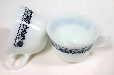 Vintage Pyrex Old Town Blue Coffee Tea Cups Mugs Milk Glass - Set of 2