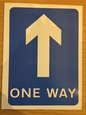 One Way Road Sign STRAIGHT ON/UP 400x300mm Rigid Plastic