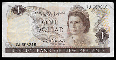 World Paper Money - New Zealand 1 Dollar ND 1968 1975 Sig. Wilks @ VF