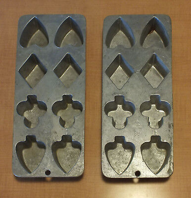 Playing Card Themed Cast Iron Bakeware Cookware Cookie Mold Ginger Bread Pan