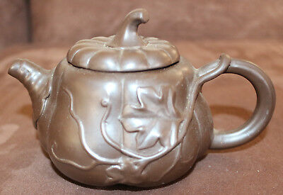 Brown Pumpkin Pottery Small Teapot China Japan Purple Clay Yixing Style