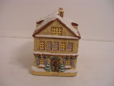 "MJ Hummel ""Warn Winter Wishes"" House Bavarian Village Collection"