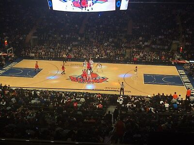 2/3/19 - 2 tickets - KNICKS/Grizzlies, Sec 212, row 3 on aisle, center court