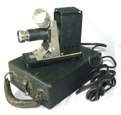 Antiguo proyector SVE JUNIOR PROJECTOR.Fabricado Society for Visual Education