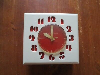 RARE Vintage 1950's Kitchen Wall Clock General Electronic Canada (works) LK-15