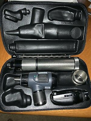 Welch Allyn Diagnostic Set 97200 MC MacroView Ophthalmoscope