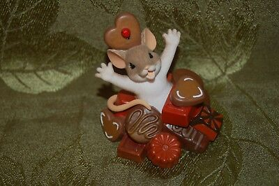 Vintage Charming Tails Valentine Figurine Mouse Candy Enesco Sweet Surprise FEB