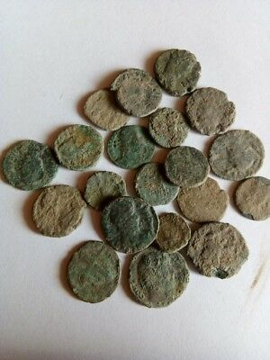 071.Lot of 20 Ancient Roman Bronze Coins,Uncleaned