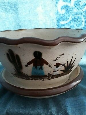 Vintage folk art Mexico pottry planter signed by artist Ex Condition Never Used