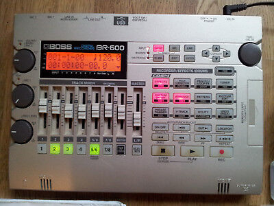 BOSS BR-600 Multitrack Recorder Mehrspur-Recorder (inkl. 2 compactflash-karten)