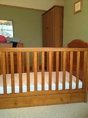 Cot bed - cash on collection