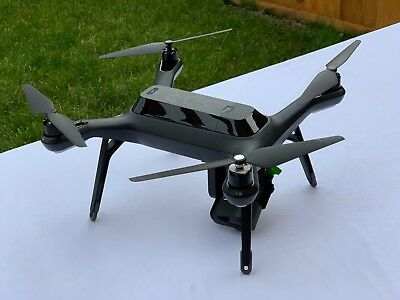 3DR Solo Drone + 4 Batteries, Carry Case, with GIMBAL + 8 propellers