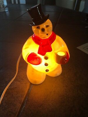 """VINTAGE ROYAL ELECTRIC CO. PLASTIC LIGHT UP SNOWMAN 50s? 40s? 8 1/2"""" Approx"""