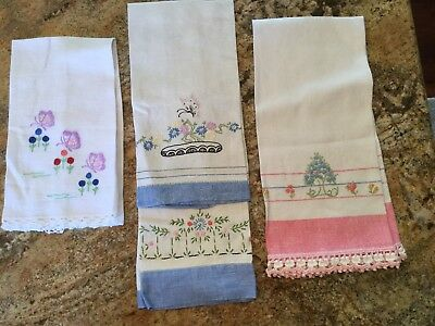 Lot Of 4 Vintage Embroidered Crocheted Hand Tea Towels Kitchen Bath