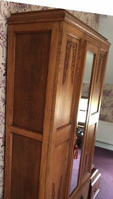 Oak Wardrobe 1920s / 1930s original excellent condition