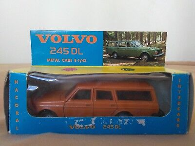 Miniatura 1:43 Nacoral Intercars Chiqui Cars Metal 125 Volvo 245. Made in Spain.