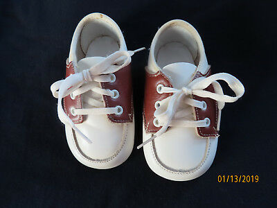 Vintage Lullaby Baby Shoes Brown & White 4 1/2 Inches Long Lace Up Saddle Oxford