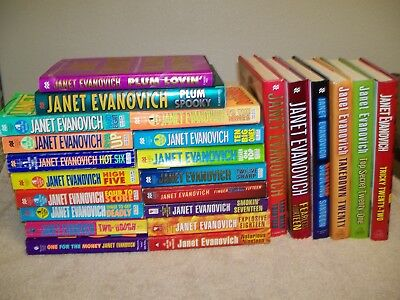 Lot of 24 JANET EVANOVICH BOOKS.STEPHANIE PLUM 1-22.PLUS 2 TWEENS.TRICKY 22
