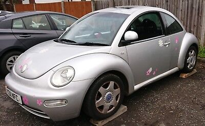 VW Beetle 2.0 3dr auto 2001 selling for parts as leaky roof, 1st&2nd gear only