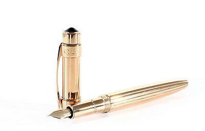 CHAUMET Fountain Pen Vintage Extremely Rare Gold-Plated Exquisite