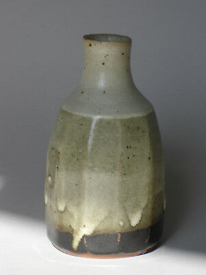 == Art Pottery = Japan = Tradition = Vase = Steinzeug = Hanaire ==
