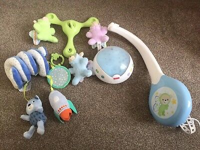 Fisher Price Winnie The Pooh Cot Mobile, Light Projection & Music & Cot Toy